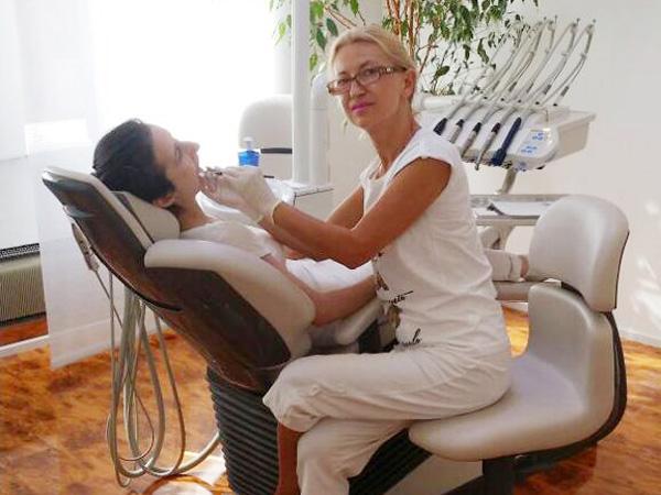 Unser Zahnarzt-Team in Stuttgart Untertürkheim